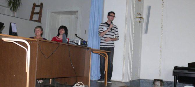 FOTO: ĈEJ prezentis siajn aktivaĵojn dum ĈEA Konferenco en Kromeříž